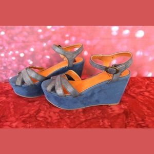 Like New BC Blue Suede Like Wedge Sandals 6 1/2
